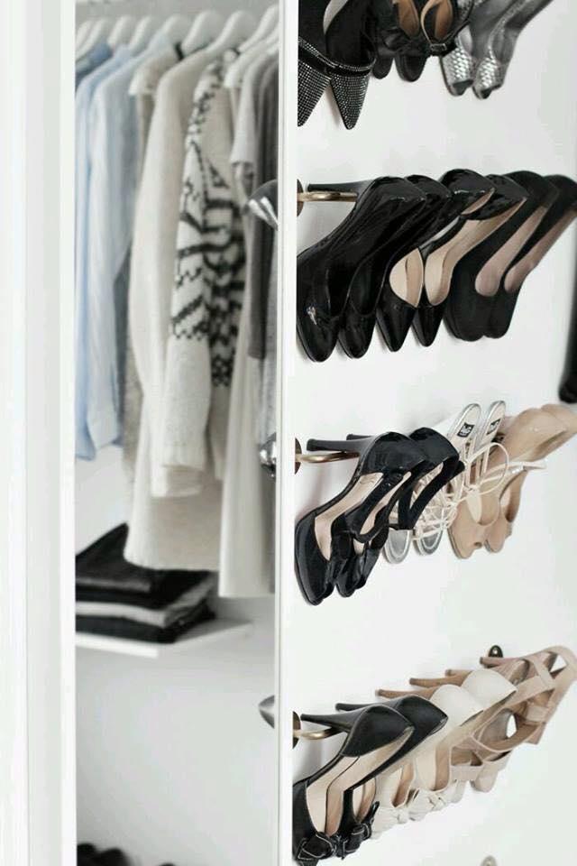 6 ideas para organizar tus zapatos diyrosa for Muebles para guardar zapatos y botas