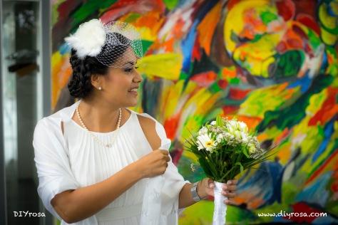 Vestido, tocado y bouquet