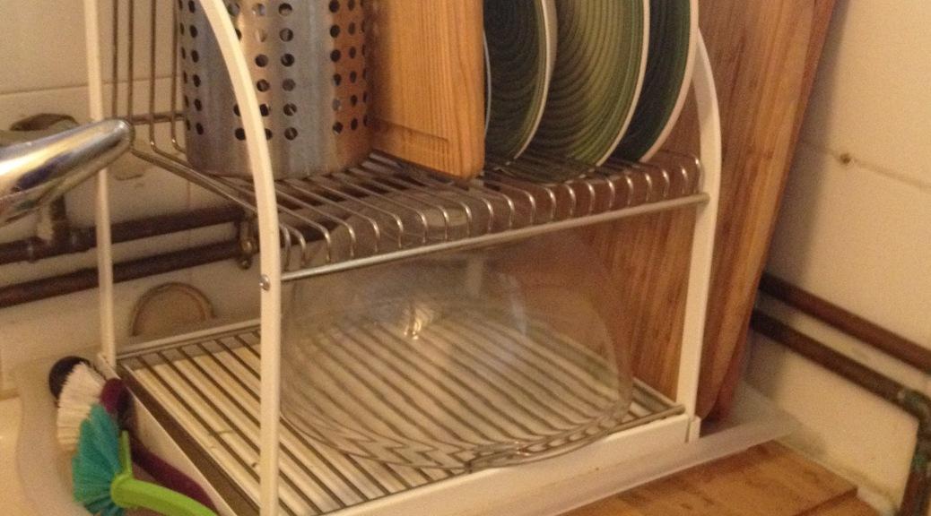 Idea para poner los trastes a secar diyrosa for Trastes de cocina